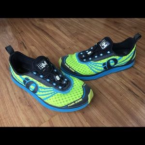 Pearl iZumi EMotion running shoes sneakers